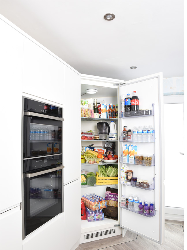 The Integrated Corner Fridge For Your Ultimate Kitchen